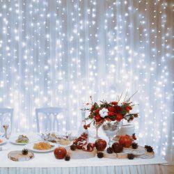Perdea de lumini cu 600 LED-uri albe cu legare în serie